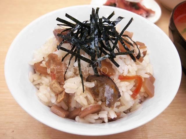 混ぜ込み用 鶏五目ご飯の素・茶碗